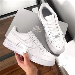 NWT Nike Air Force 1 white